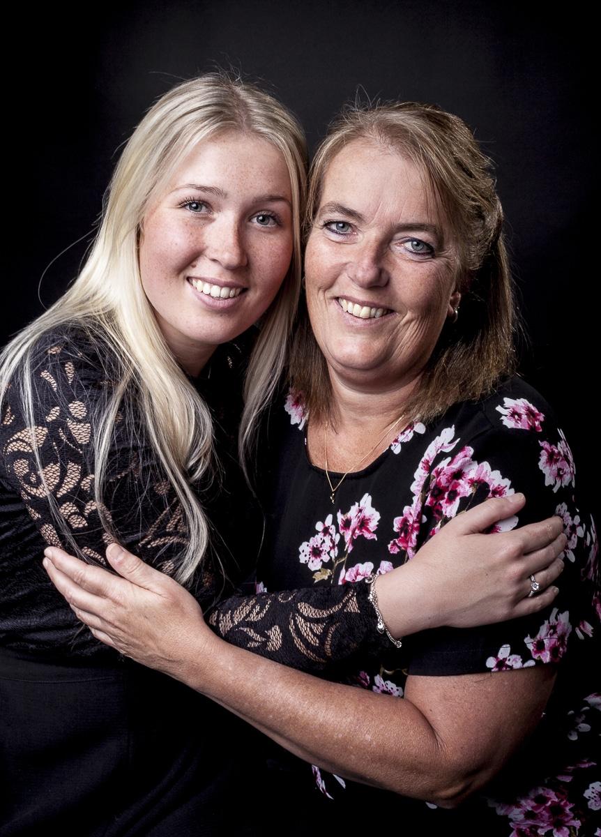 Moeder en dochter photoshoot in kleur