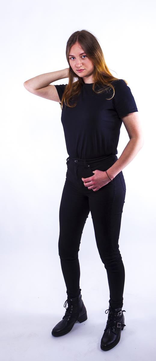 Dana Portfolio Photoshoot Full-body