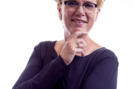 Oog voor Oren Diana Zakelijke studioportret
